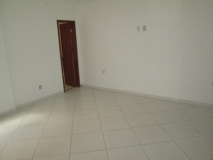Loja para Venda, Campos dos Goytacazes  RJ, bairro Centro, 1 banheiro, área  -> Armario De Banheiro Campos Dos Goytacazes